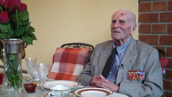 Попасть на парад Победы: ветеран ВОВ из Германии загадал желание на свой 100-летний юбилей - Sputnik Грузия