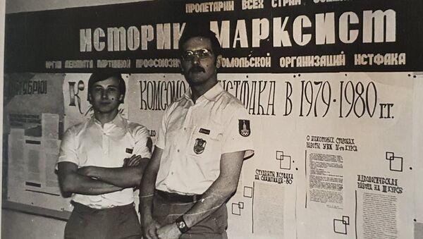 Заместитель главы Россотрудничества Михаил Брюханов в дни Олимпиады возглавлял отряд дружинников - Sputnik Грузия