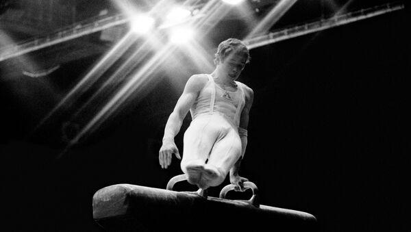 Абсолютный чемпион мира и Европы (1979), двукратный победитель соревнований на Кубок мира (1978-1979) по гимнастике Александр Дитятин - Sputnik Грузия
