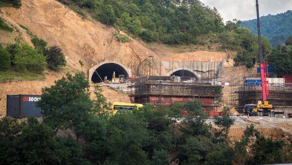Рикотский перевал. Строительство новой трассы Восток Запад и прокладка тоннелей - Sputnik Грузия