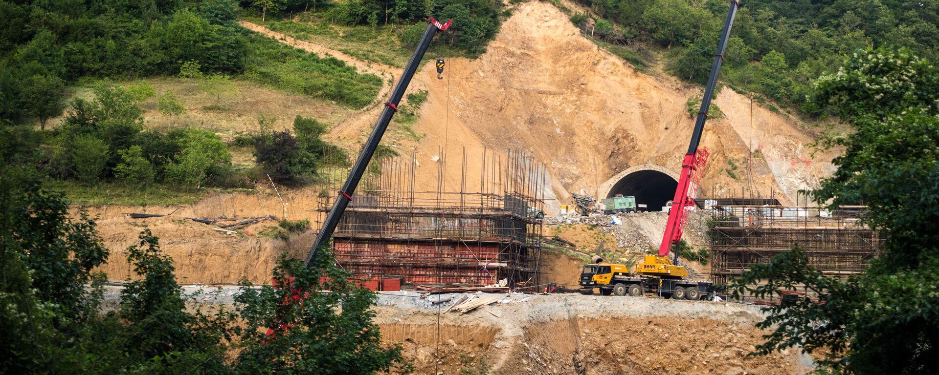 Рикотский перевал. Строительство новой трассы Восток Запад и прокладка тоннелей - Sputnik Грузия, 1920, 06.05.2021