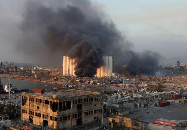 Взрыв в порту Бейрута стал настоящей трагедией - Sputnik Грузия