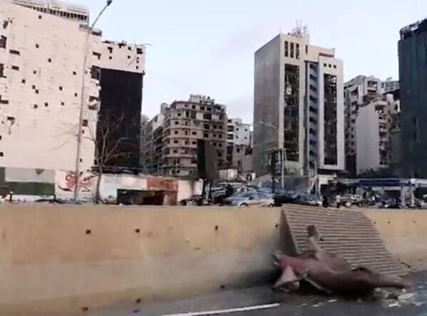 В радиусе нескольких километров от места трагедии взрывной волной в домах выбило стекла - Sputnik Грузия