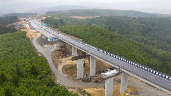 Новая дорога в объезд Хашури на скоростной автомагистрали Восток-Запад (E60) - Sputnik Грузия