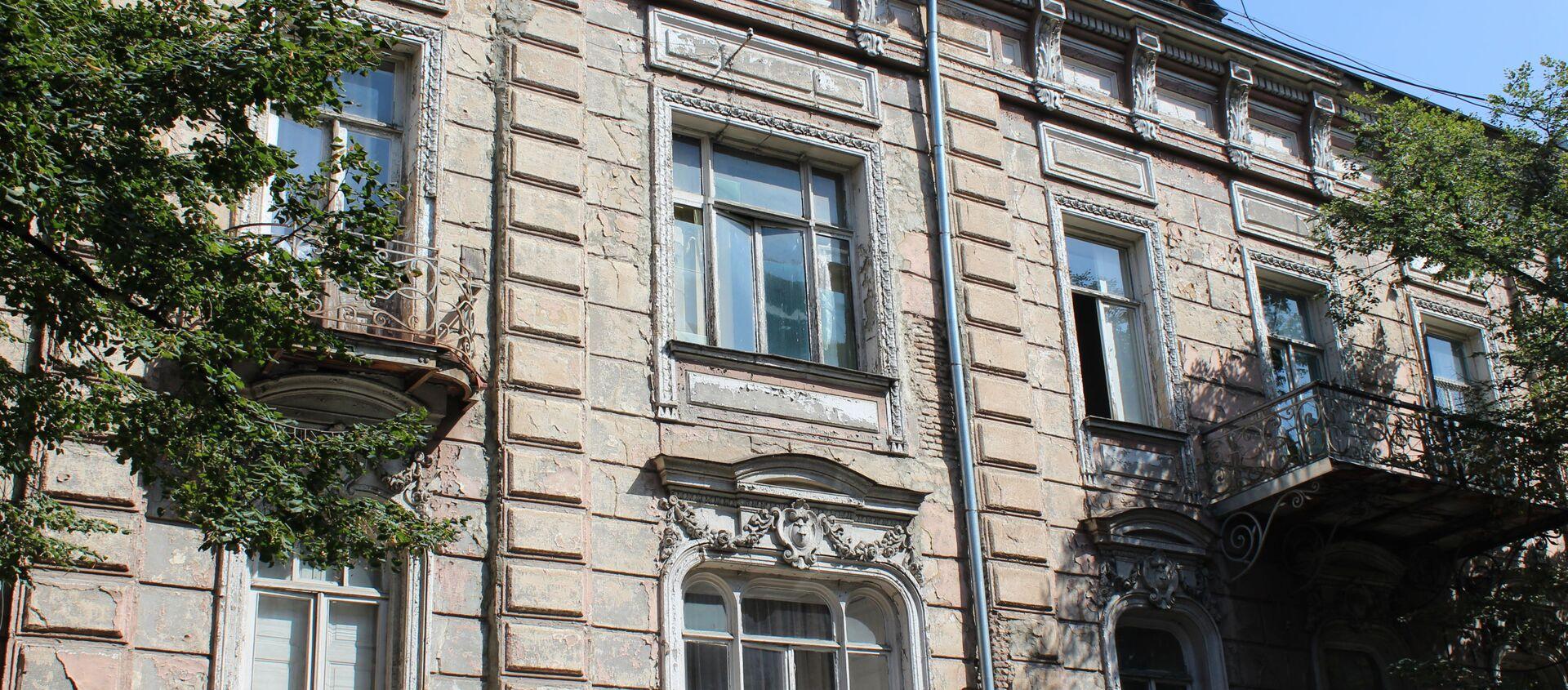 Фасад дома Алихановых - Sputnik Грузия, 1920, 11.09.2020