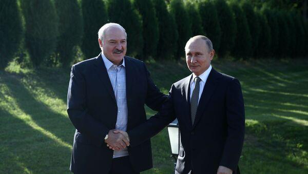 ბელარუსის პრეზიდენტი ალექსანდრე ლუკაშენკო და რუსეთის პრეზიდენტი ვლადიმირ პუტინი - Sputnik საქართველო