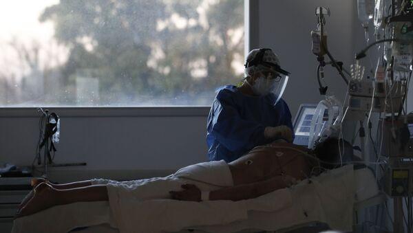 პაციენტი ხელოვნური სუნთქვის აპარატზე - Sputnik საქართველო