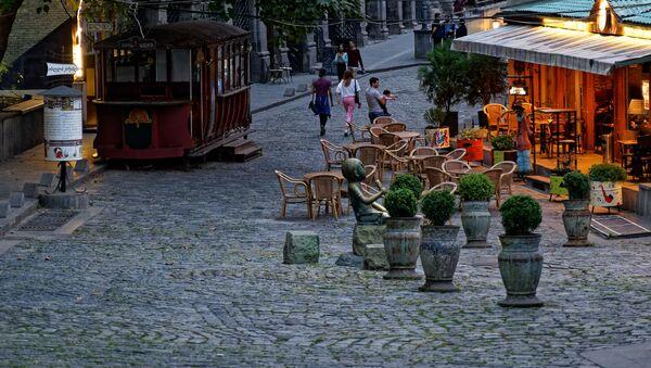 Рестораны и кафе. Коронавирус вызвал кризис в туристическом и ресторанном бизнесе - Sputnik Грузия