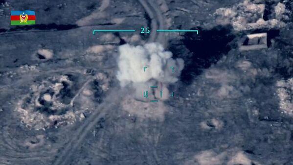 Уже не принципиально, кто 27 сентября первым открыл огонь из тяжелой артиллерии и танков, главное сегодня - остановить эскалацию и сохранить человеческие жизни  - Sputnik Грузия