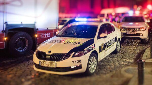 Патрульная полиция и пожарные спасатели - Sputnik Грузия