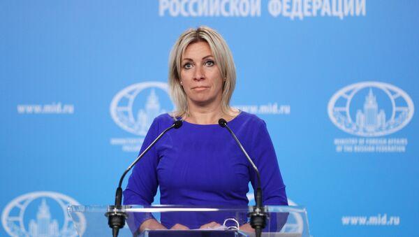 Прямая трансляция - еженедельный брифинг Марии Захаровой - Sputnik Грузия