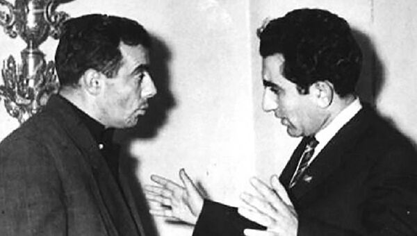 Гарун Акопов с Тиграном Петросяном - Sputnik Грузия