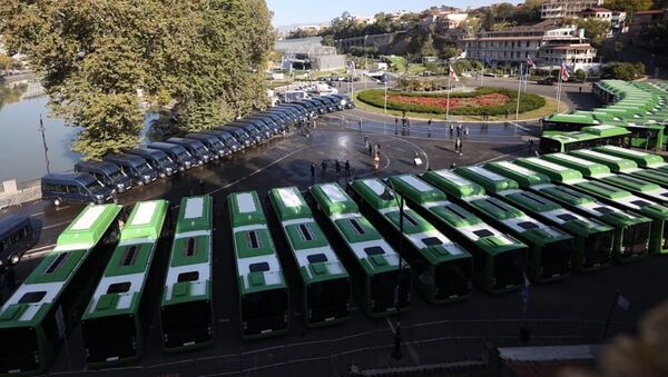 Презентация новых 12-метровых автобусов марки BMC - Sputnik Грузия