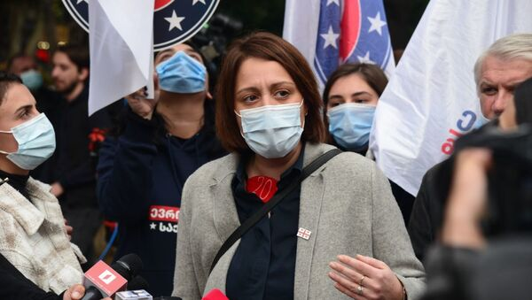Элене Хоштария. Шествие лидеров и активистов оппозиции в Сабуртало с призывом придти на митинг 8 ноября - Sputnik Грузия