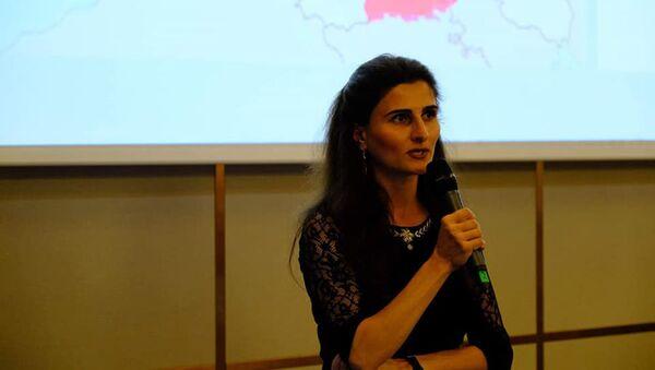 Политолог Айгул Исаева - Sputnik Грузия