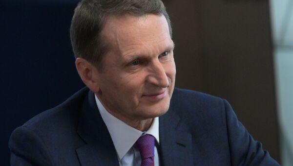 Западу нужна была сакральная жертва, чтобы оживить протесты в РФ - Нарышкин - Sputnik Грузия