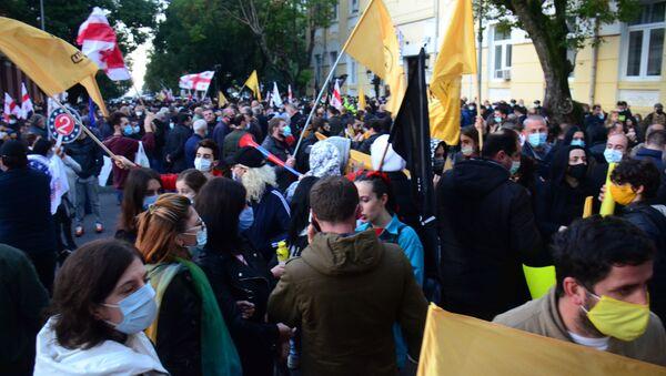 Батуми - крупная акция протеста оппозиции 8 ноября 2020 против итогов парламентских выборов - Sputnik Грузия