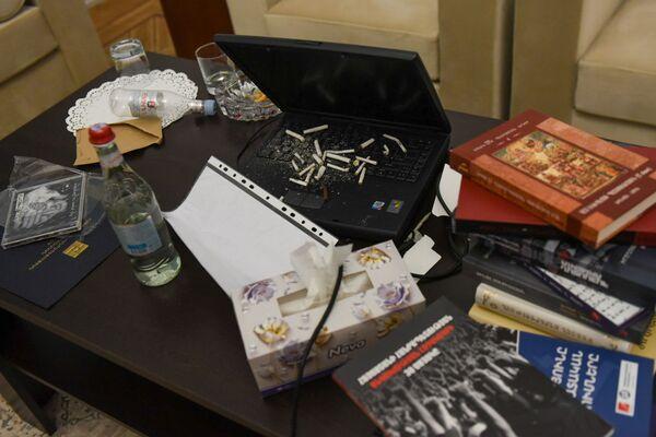Из резиденции Никола Пашиняна пропали его личные вещи   - Sputnik Грузия
