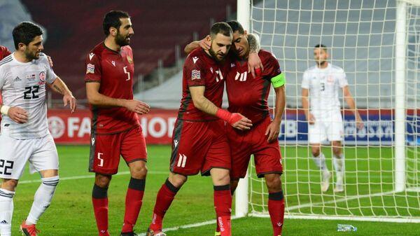 Сборная Армении забила гол грузинской команде. Матч между сборными Грузии и Армении по футболу - Sputnik Грузия