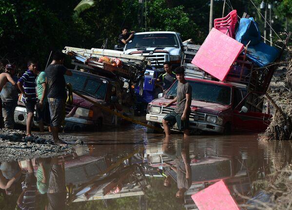Ураган стремительно движется к Гватемале - Sputnik Грузия