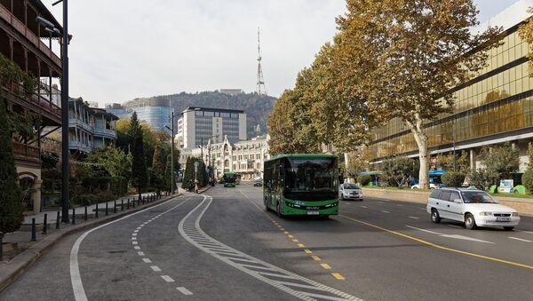 Вид на город Тбилиси - улица Бараташвили и вид на Мтацминда - Sputnik Грузия