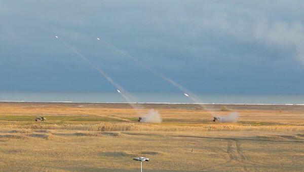 США и Румыния провели ракетные стрельбы вблизи Крыма - видео - Sputnik Грузия