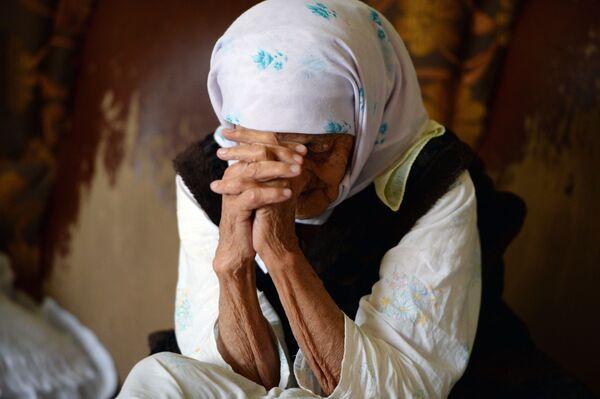 Долгожительница Коку Истамбулова, родом из села Братское в Надтеречном районе Чечни. Она родилась 1 июня 1889 года - Sputnik Грузия