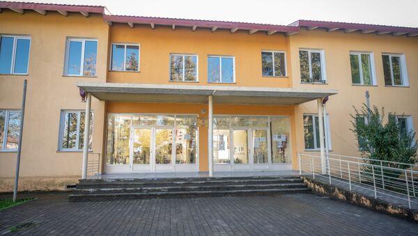 Школа в селе Чибати - Sputnik Грузия
