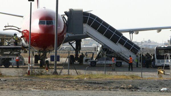 Пассажирский самолет в аэропорту - Цюрих, Швейцария - Sputnik Грузия