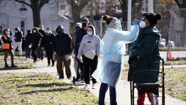 Пандемия коронавируса COVID 19 - ПЦР тестирование в Филадельфии, США - Sputnik Грузия