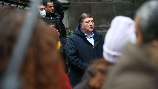 Гиги Угулава. Оппозиция подписывает меморандум об отказе от депутатских мандатов 11 декабря 2020 года - Sputnik Грузия
