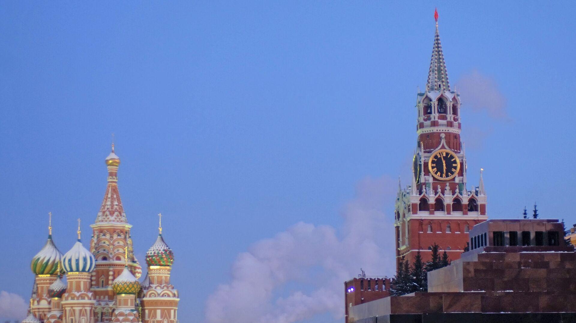 Красная площадь в сумерках, архивное фото - Sputnik Грузия, 1920, 09.09.2021