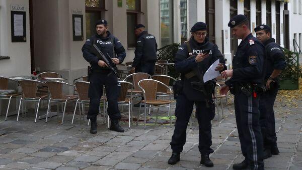 პოლიცია დანაშაულის ადგილზე ვენაში, ავსტრია - Sputnik საქართველო