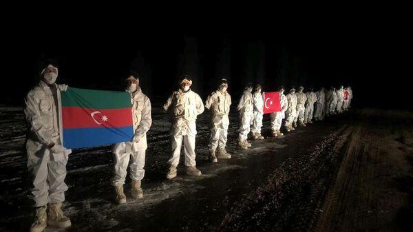აზერბაიჯანელი და თურქი სამხედროები - Sputnik საქართველო