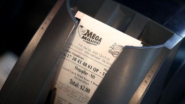 Лотерея и розыгрыши, лотерейный билет в США, Mega Millions - Sputnik Грузия