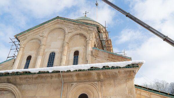Гелатский монастырь Богородицы зимой - Sputnik Грузия