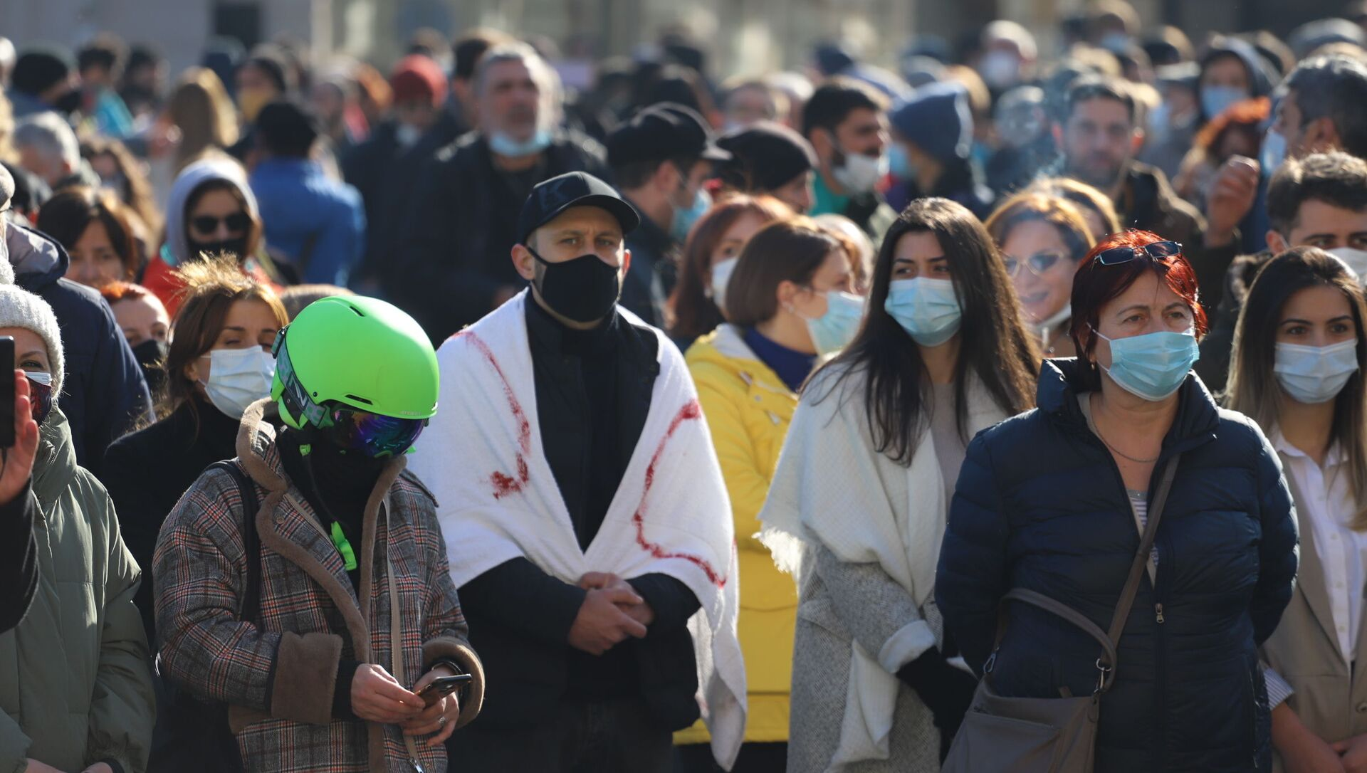 Акция протеста против ограничений из-за коронавируса у правительственной канцелярии 24 января 2021 года - Sputnik Грузия, 1920, 16.02.2021