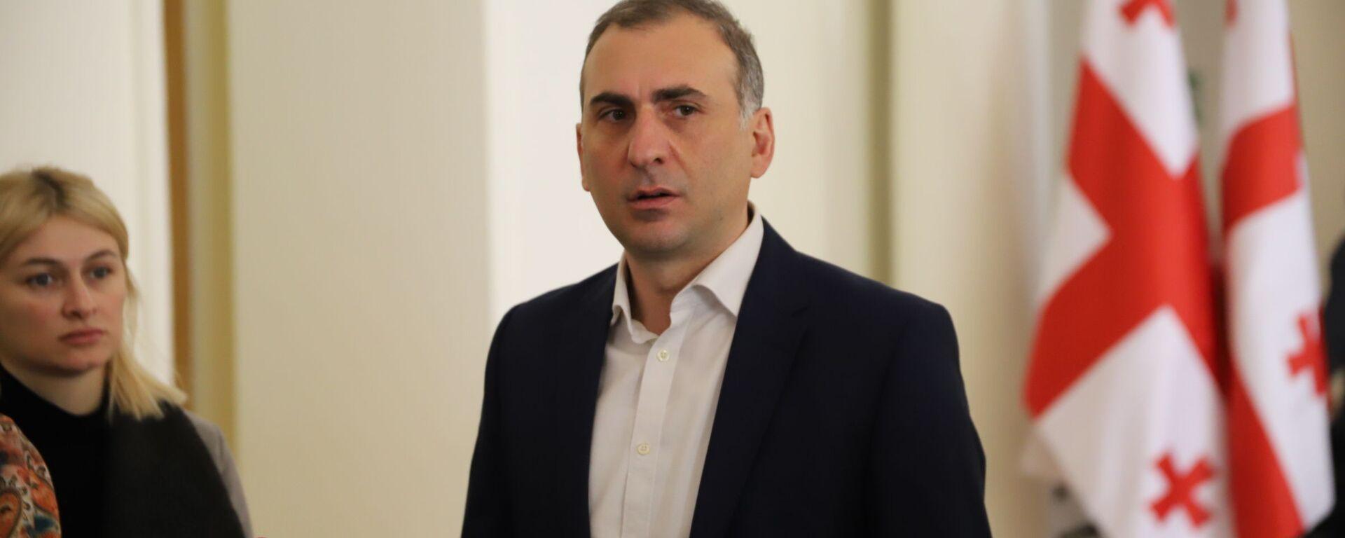 Алеко Элисашвили в парламенте Грузии - Sputnik Грузия, 1920, 27.04.2021