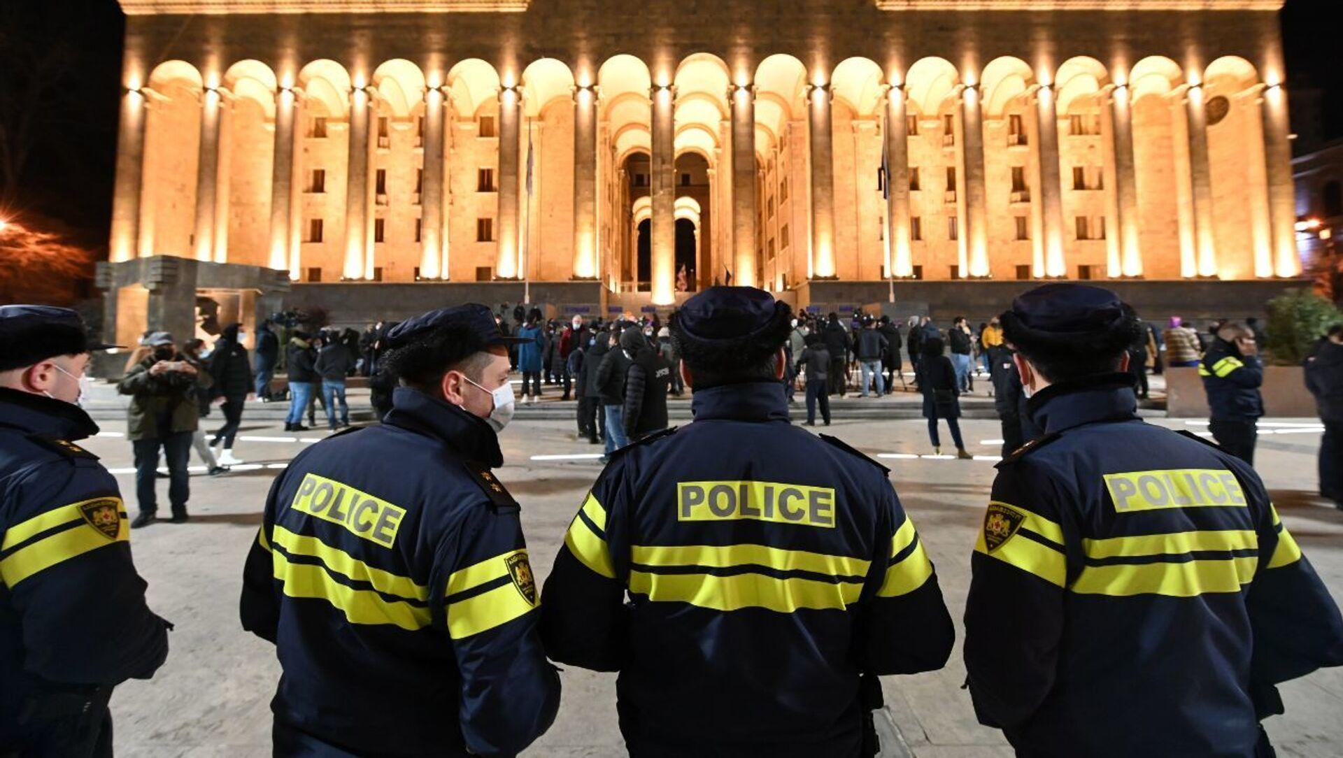 Акция протеста против ковид-ограничений у здания парламента Грузии 6 февраля 2021 года - Sputnik Грузия, 1920, 09.02.2021