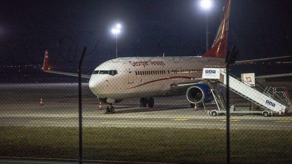 Georgian Airways Airzena-ს თვითმფრინავი - Sputnik საქართველო