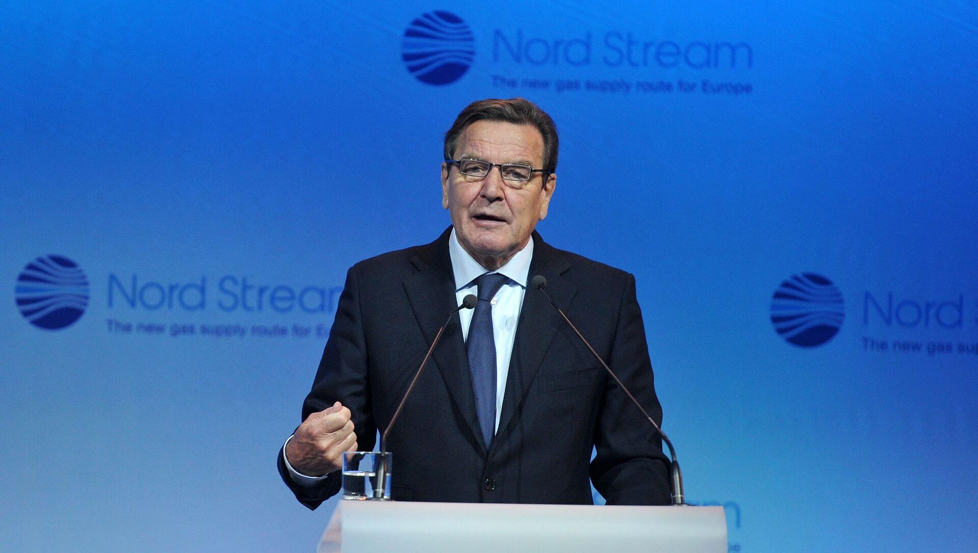 Председатель комитета акционеров Nord Stream AG Герхард Шредер - Sputnik Грузия, 1920, 11.02.2021