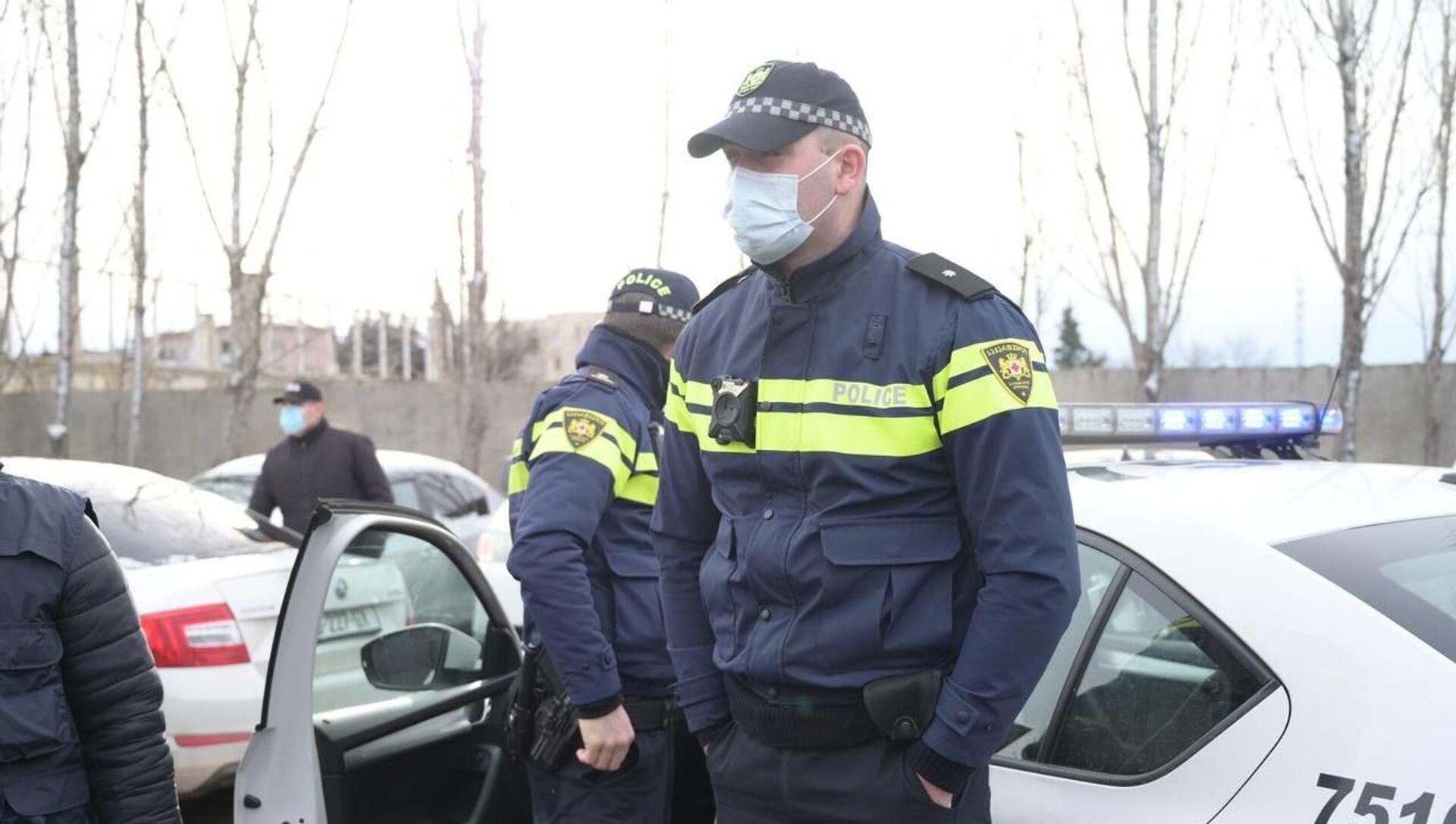 Полиция у офиса Единого нацдвижения 18 февраля 2021 года - Sputnik Грузия, 1920, 18.02.2021