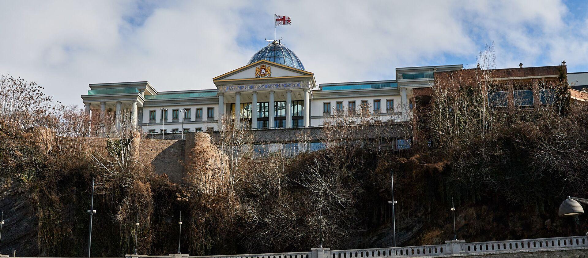 Дворец церемоний (бывший дворец президента) в районе Авлабари - Sputnik Грузия, 1920, 12.04.2021