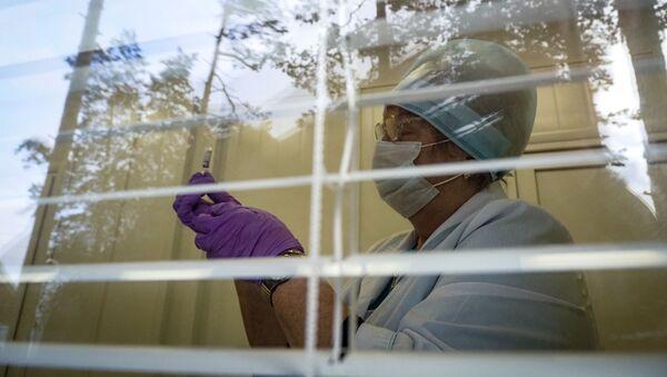 Пандемия коронавируса - вакцинация в России - Sputnik Грузия