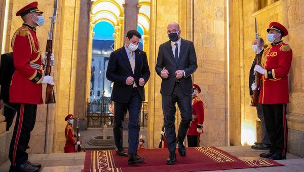 Шарль Мишель во время визита в Грузию в парламенте страны - Sputnik Грузия