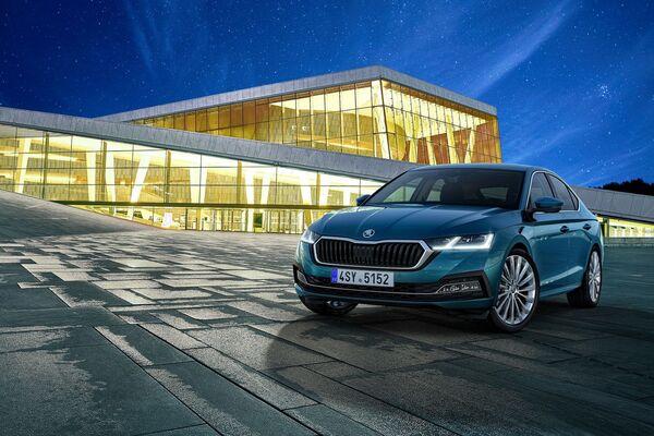 Жюри европейского конкурса отдало лифтбеку Škoda Octavia лишь пятое место  - Sputnik Грузия
