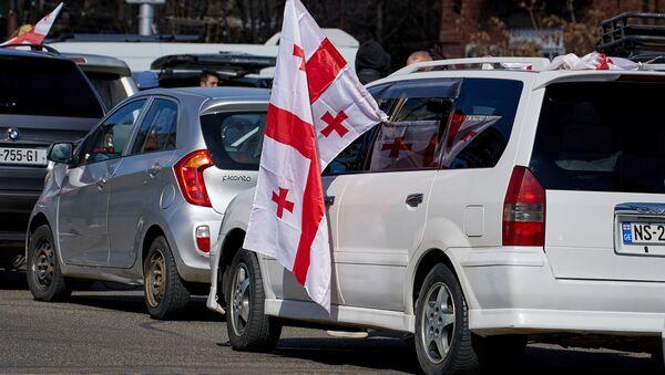 Автопробег оппозиции из столицы Грузии к руставской тюрьме 4 марта 2021 года - Sputnik Грузия