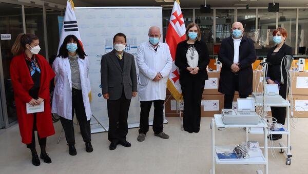 Корея передала Грузии медицинское оборудование - Sputnik Грузия
