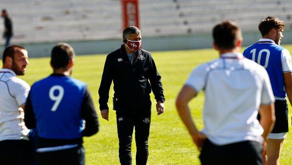 Главный тренер сборной Грузии по регби Леван Маисашвили на тренировке команды - Sputnik Грузия