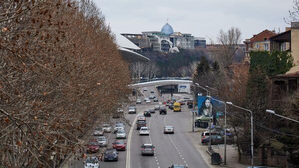 Вид на город Тбилиси - пасмурная погода в марте - Sputnik Грузия